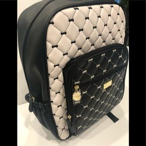OVERSIZED Quilted Bows BETSEY JOHNSON backpack NWT